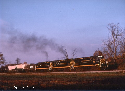 LAL westbound at South Avon, NY.